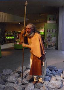 Eine Darstellung des Neanderthalers, wie er wohl eher ausgesehen haben mag.